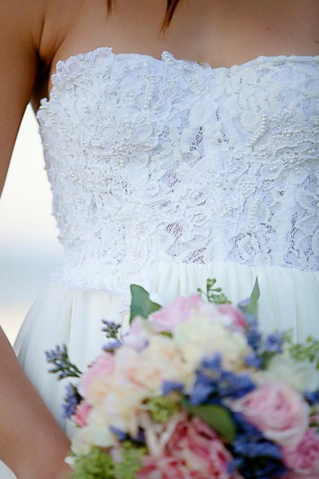lace-and-chiffon-beach-wedding-dress-3