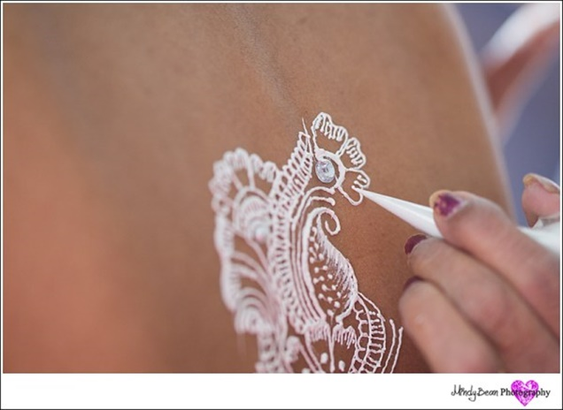 White Henna Bridal Trend by Amelia C and Company photography by Mindy Bean | Little Vegas Wedding