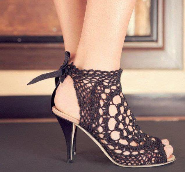 sandalia de crochê