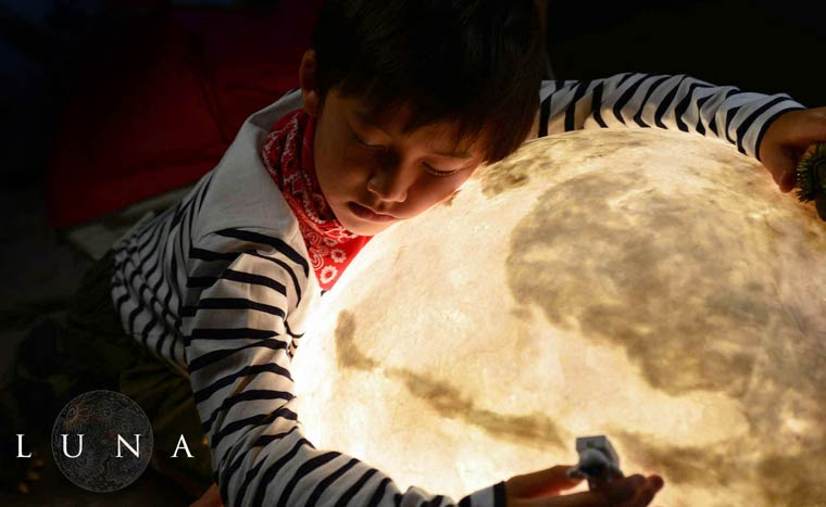 Luna-Moon-lamp-14
