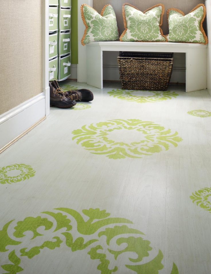 mud-room-wood-floor-decorated-with-large-stenciled-patterns