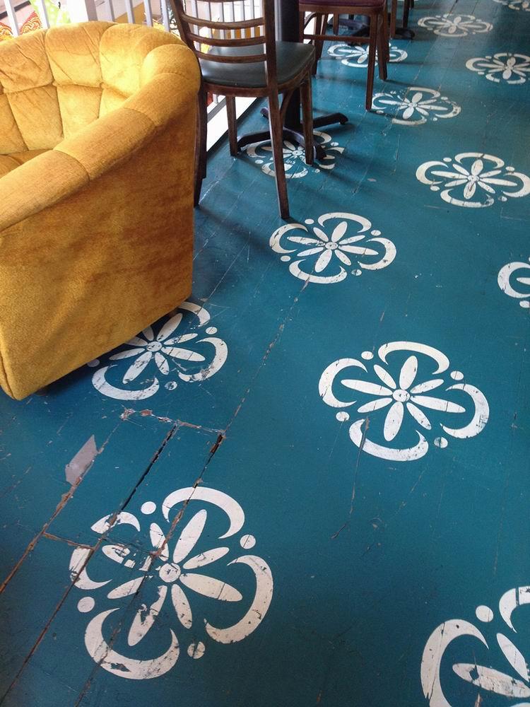 stenciled-floor-living-room-white-on-blue