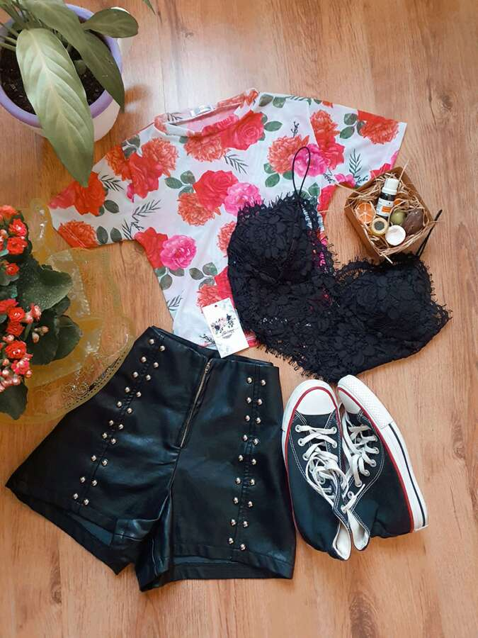 Look com Cropped Floral